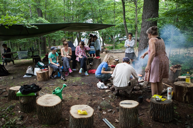 Forest school. Crédit: Child and Nature Alliance of Canada (https://childnature.ca)