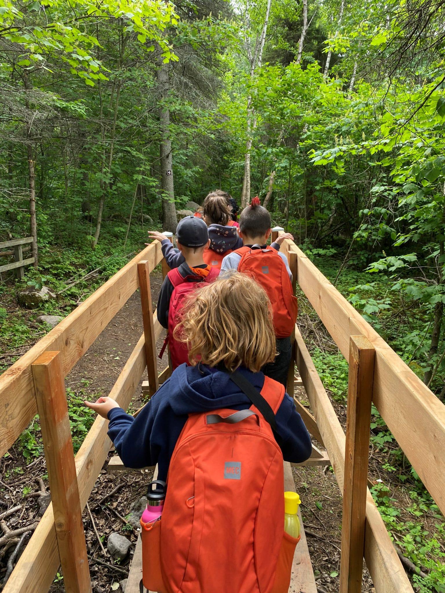 Photo : élèves du 2e cycle de l'école St-Félix, Québec. Crédit photo : Pascale Tremblay.